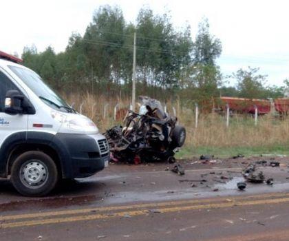 Quatro jovens de Ribeirão Cascalheira morrem em colisão na BR-158 no domingo
