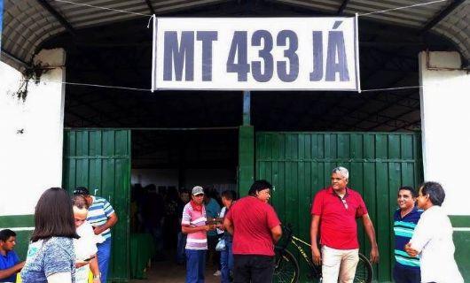 Debate sobre pavimentação asfáltica em rodovia do Araguaia reúne mais de 900 pessoas