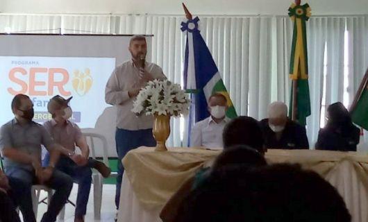 Presidente da Fapemat e Secretário estadual de Agricultura entregam 3,5 mil cartões de auxílio em 6 cidades