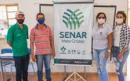 Parceria do Senar com o Governo de Confresa entrega curso de apicultura na T.I Urubu Branco