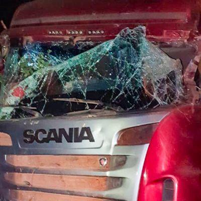 Morador de Vila Rica morre em acidente entre caminhões na BR-158