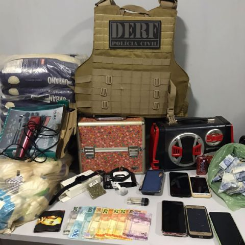 DERF prende traficantes e fecha boca de fumo que receptava objetos furtados em Confresa