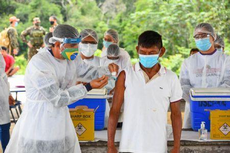 Com 84% da população do Xingu vacinada, Distrito Sanitário encontra dificuldade com 'fake news' para imunizar todos