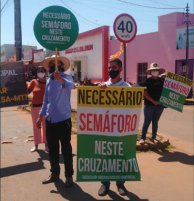 Sociedade de Confresa realiza manifestação pedindo semáforo e segurança no trânsito