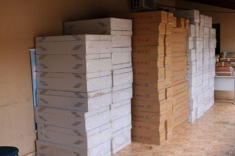 Secretaria de Educação recebe novos móveis que serão utilizados em escolas do município