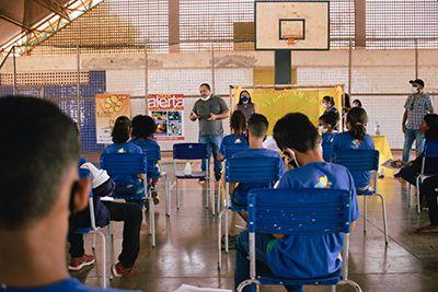 Escola Ceja Creuslhi de Souza Ramos realiza palestra de combate ao abuso e exploração sexual de crianças e adolescentes a alunos