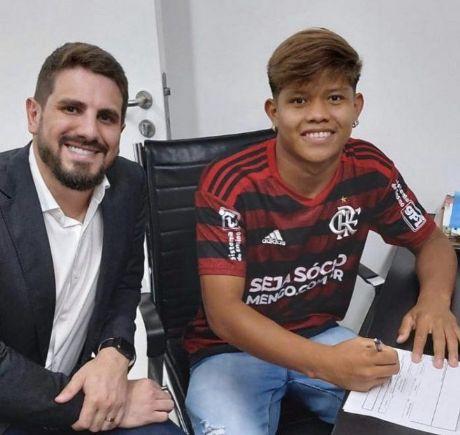 Esporte: índio de Canarana assina com o Flamengo