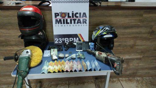 Adolescente é apreendida pela PM após ser flagrada vendendo drogas na rodoviária de Confresa