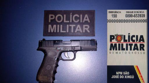 Homem denuncia esposa por jogar tijolo contra ele durante briga em São José do Xingu; pistola é apreendida com a suspeita