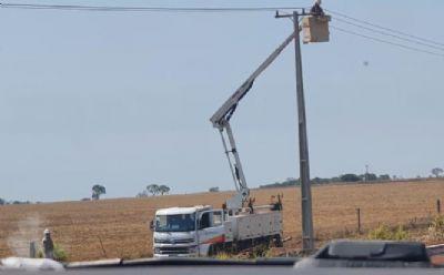 Porto Alegre do Norte segue sem energia após rompimento de cabos