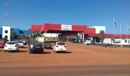 Frigorífico JBS abre vagas para diversas áreas em Confresa