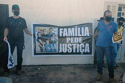 Familiares de vítimas vão às ruas de Confresa pedir exonerações de irmãos suspeitos de causar acidentes
