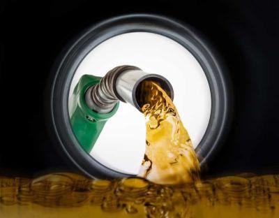 Confaz aponta que valor médio para gasolina comum vai ficar em R$ 5,96