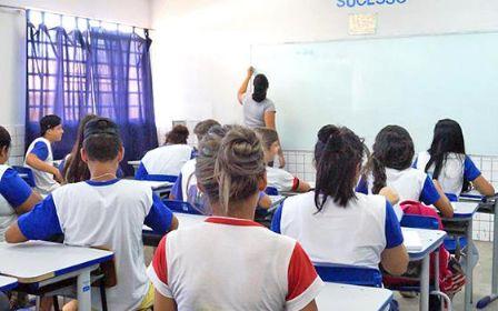 Em Canarana, estudantes da rede pública irão uma vez por semana à escola
