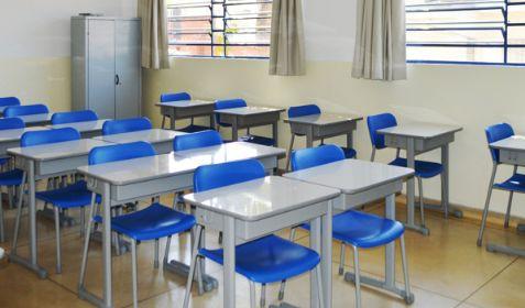 Pais que não comparecerem na escola podem perder vagas dos filhos em Confresa
