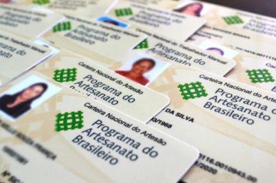 Artesãos de Água Boa podem solicitar a Carteira Nacional de Artesão