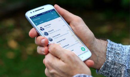 WhatsApp limita no sábado funções de contas sem adesão a novas regras